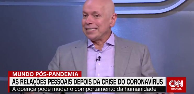 Domínio do inglês e informática é citado por Leandro Karnal em entrevista à CNN